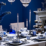 Blue Rose Table