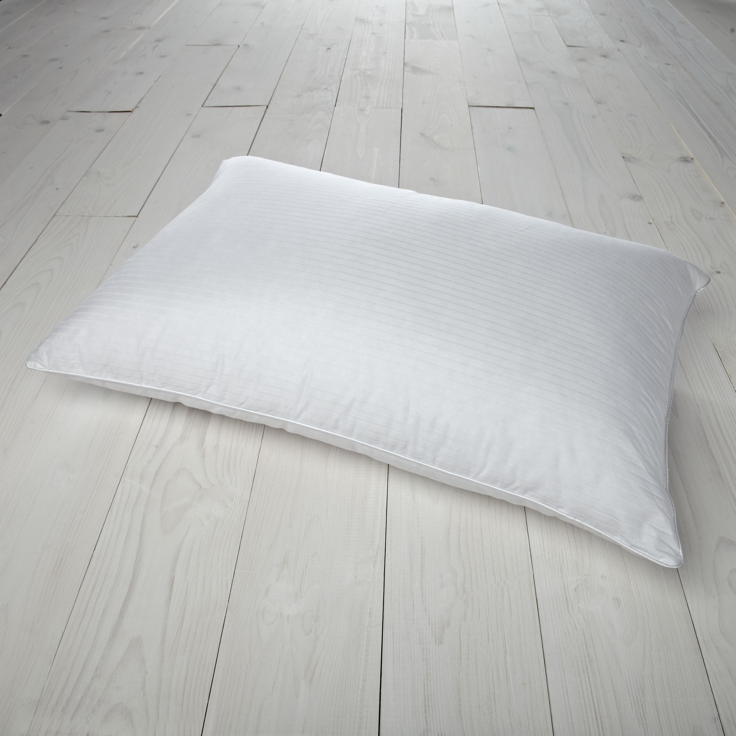 Polish Duck Down Standard Pillow 119917
