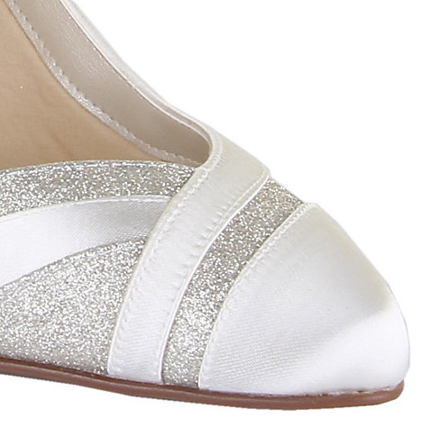 Find wide glitter shoes at ShopStyle. Shop the latest collection of wide glitter shoes from the most popular stores - all in one place.