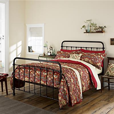 Morris & Co Strawberry Thief Bedding