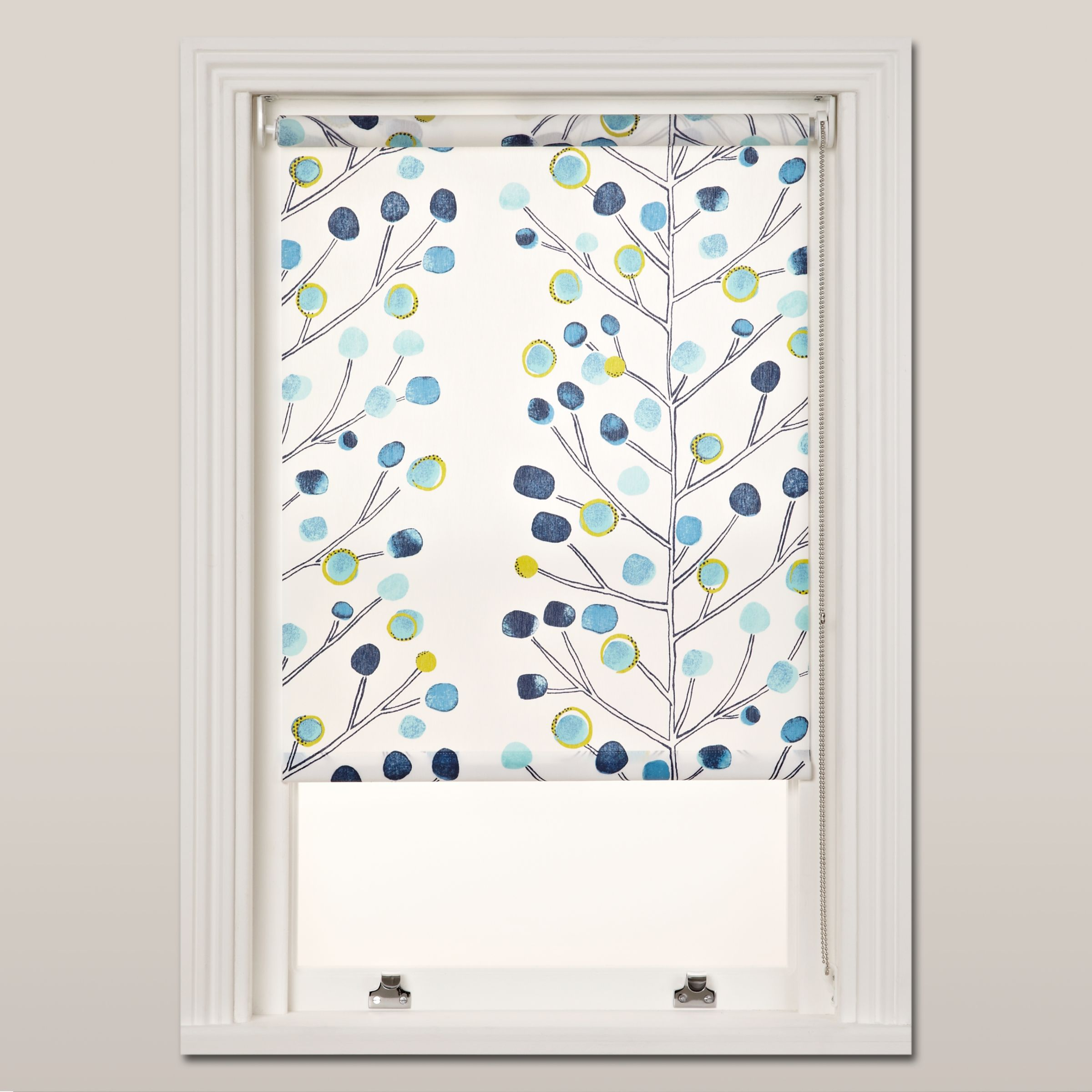 Scion Scion Berry Tree Roller Blind, Chain Mechanism