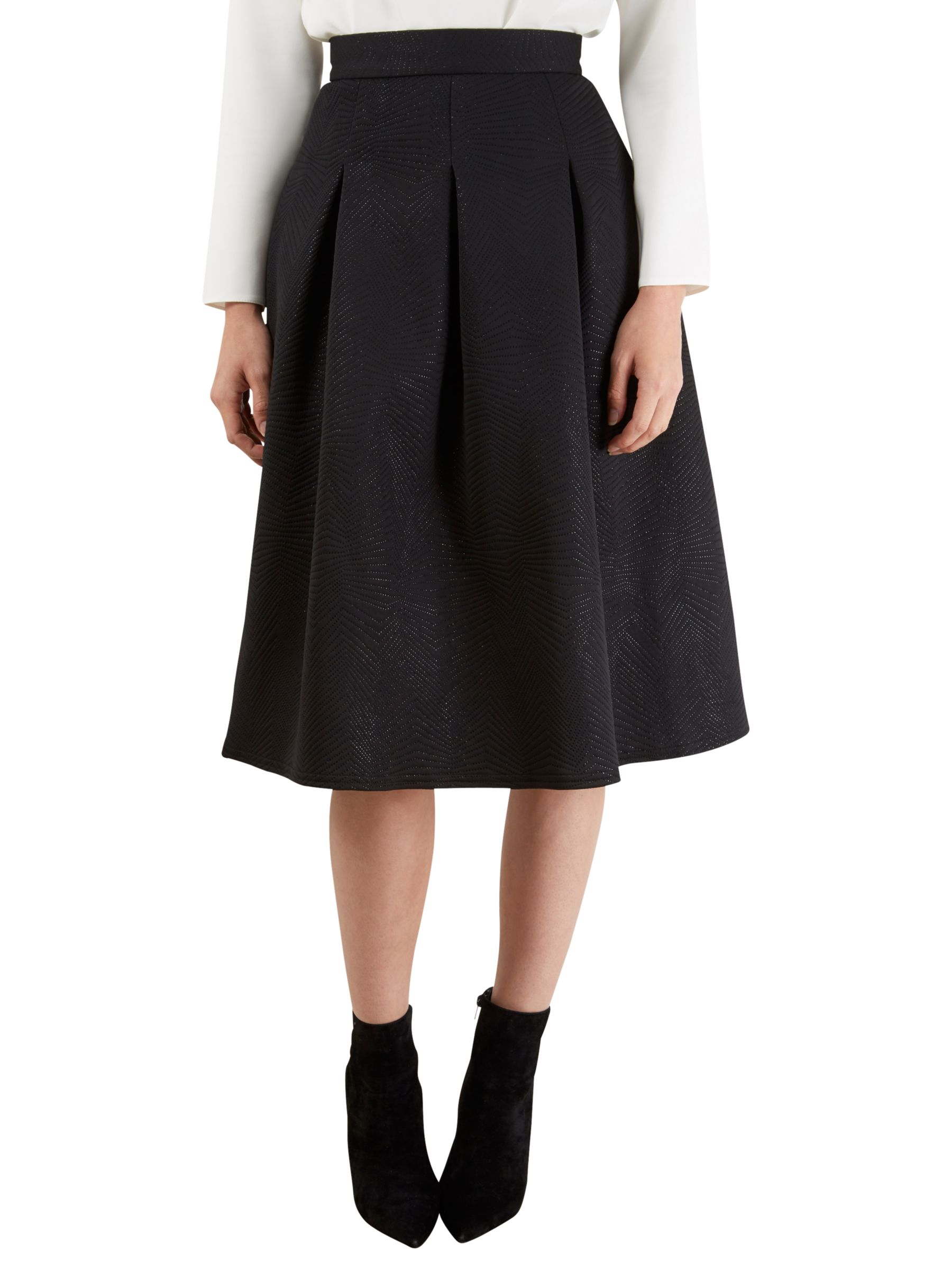 Closet Closet Pinhole Textured Pleated Skirt, Black