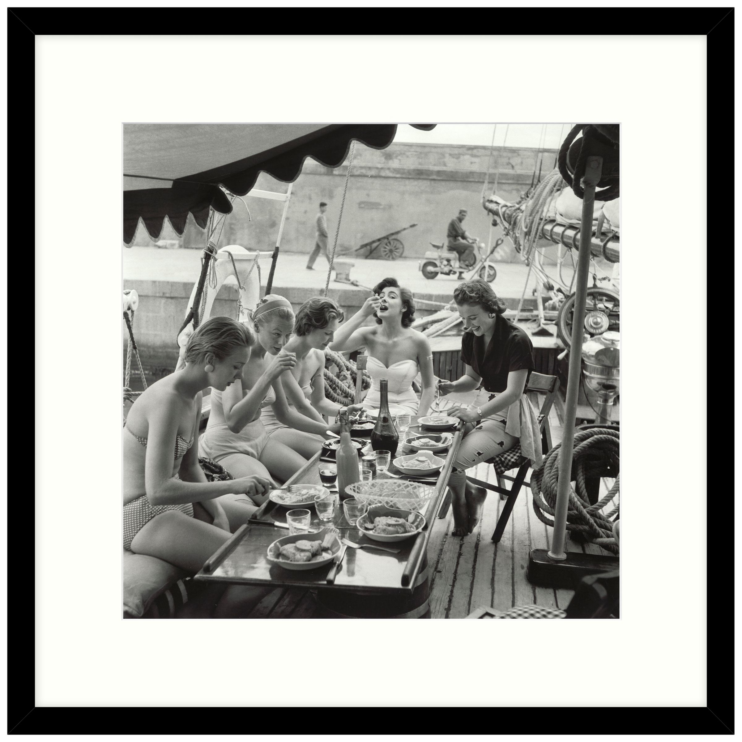 Getty Images Gallery Getty Images Gallery Lunch Time Framed Print, 59 x 59cm