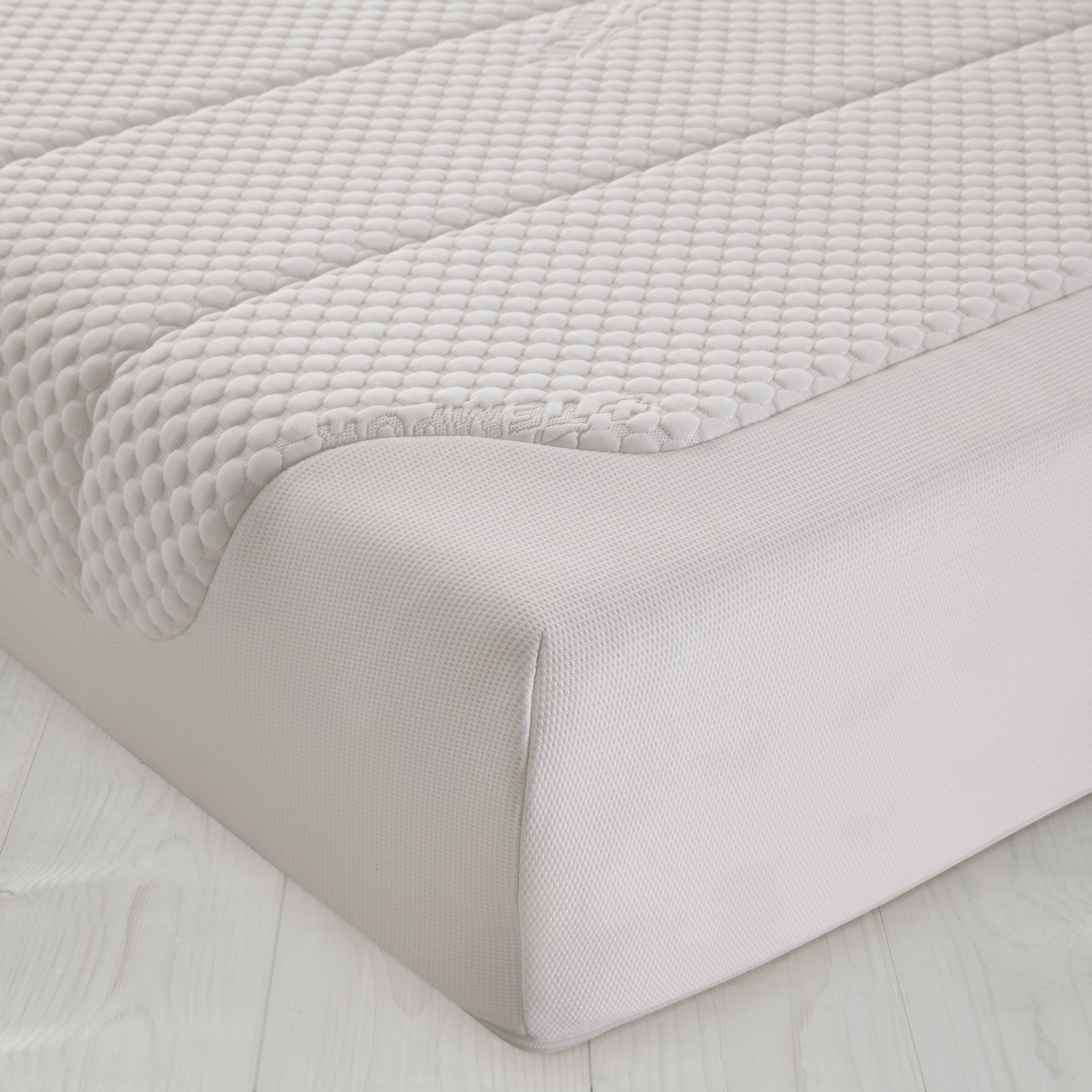 Tempur Cloud Deluxe 22 Mattress, Super Kingsize
