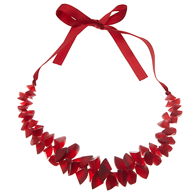 One Button Segments Clusters Ribbon Necklace, Red