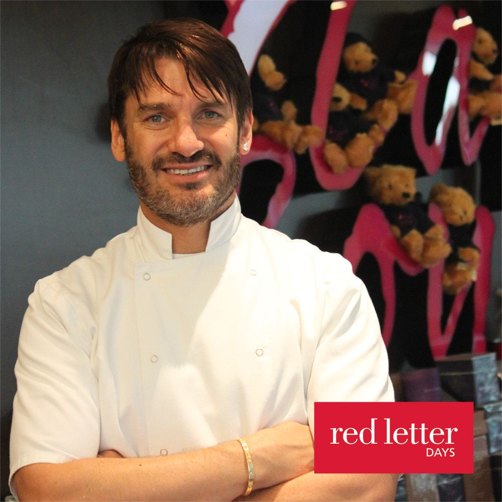 Red Letter Days Red Letter Days Cupcake Decorating with Eric Lanlard