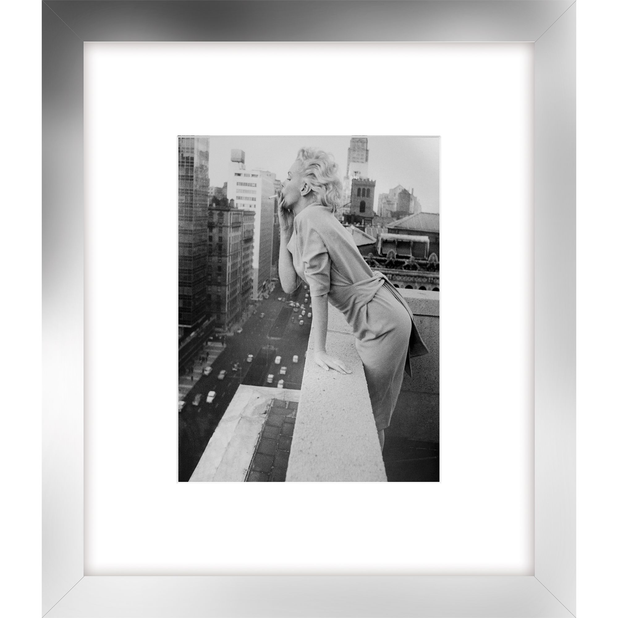 Getty Images Gallery Getty Images - Marilyn On Roof Print, Silver Frame, 60 x 52cm