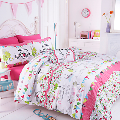 Hello Kitty Hampstead Heath Bedding Set, Single
