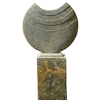 Foras Ikra 60 Sculpture with 90 Surmi Slate Plinth
