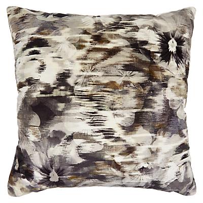 Romo Kansai Velvet Cushion