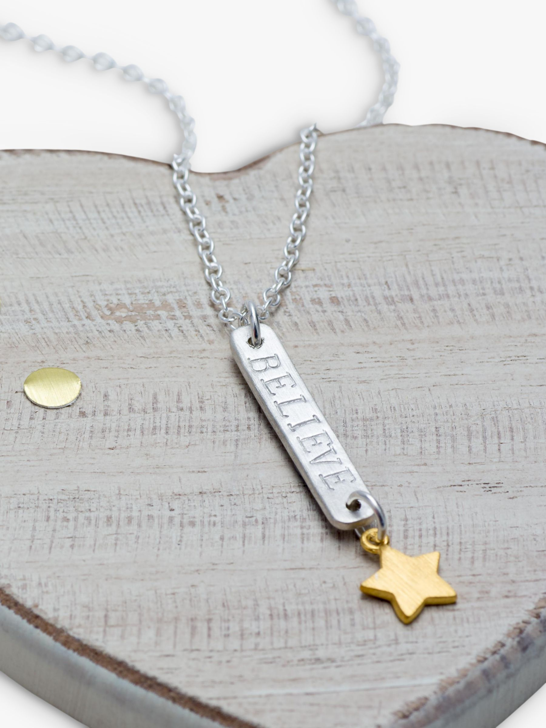 Chambers & Beau Chambers & Beau Personalised Skinny Bar and Star Necklace