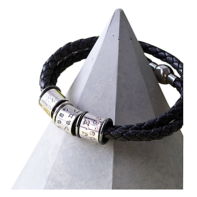Twisted Typist Identic Ten Story Bracelet