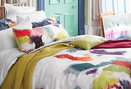 Light and bright summer bedding