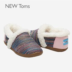NEW Toms