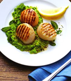 Scallops with Minty Pea Purée