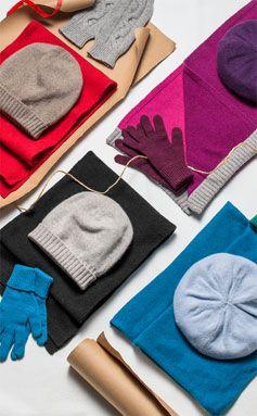 Women's cashmere accessories