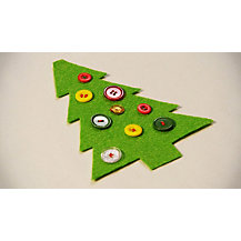 Make your own Christmas tree bunting