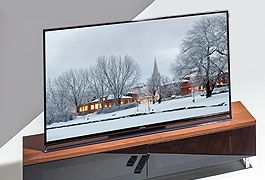 Better-than-ever Christmas movies with our range of 4K and Ultra HD TVs- save up to £1000