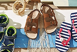 Children's shoes for summer days