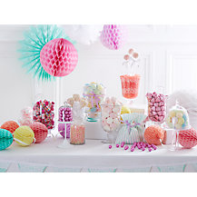 How to put together a sweetie table