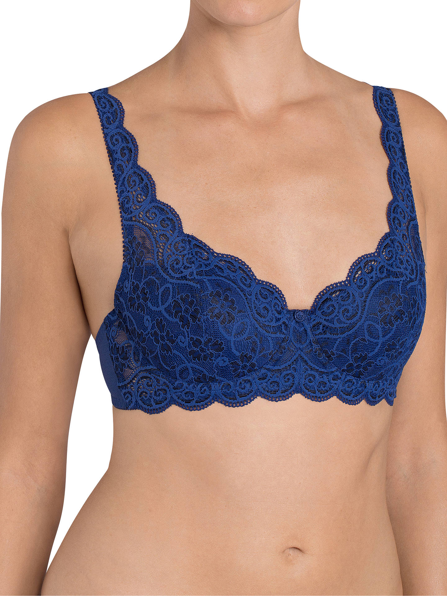 8d60360d37660 BuyTriumph Amourette 300 Padded Underwired Bra