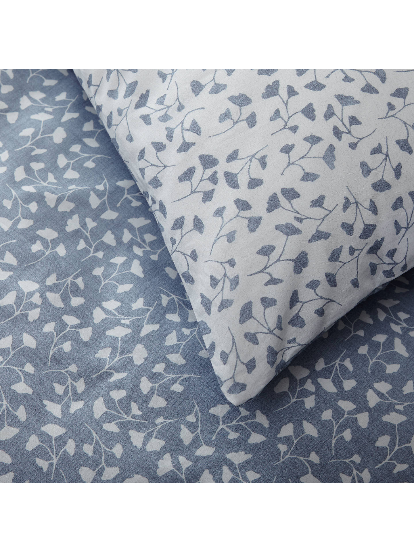 Crisp and Fresh Country Arley Bedding