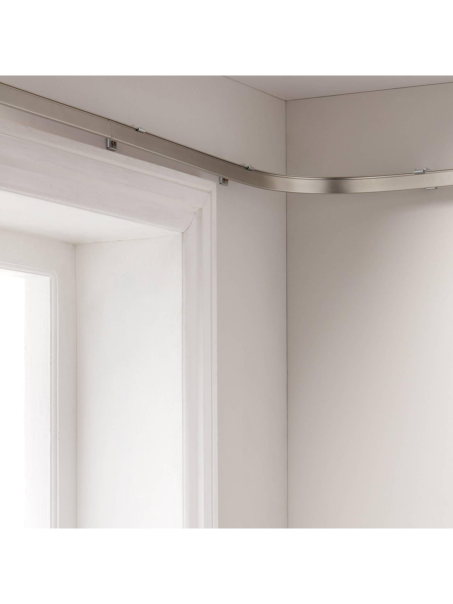 Bendable metal pole