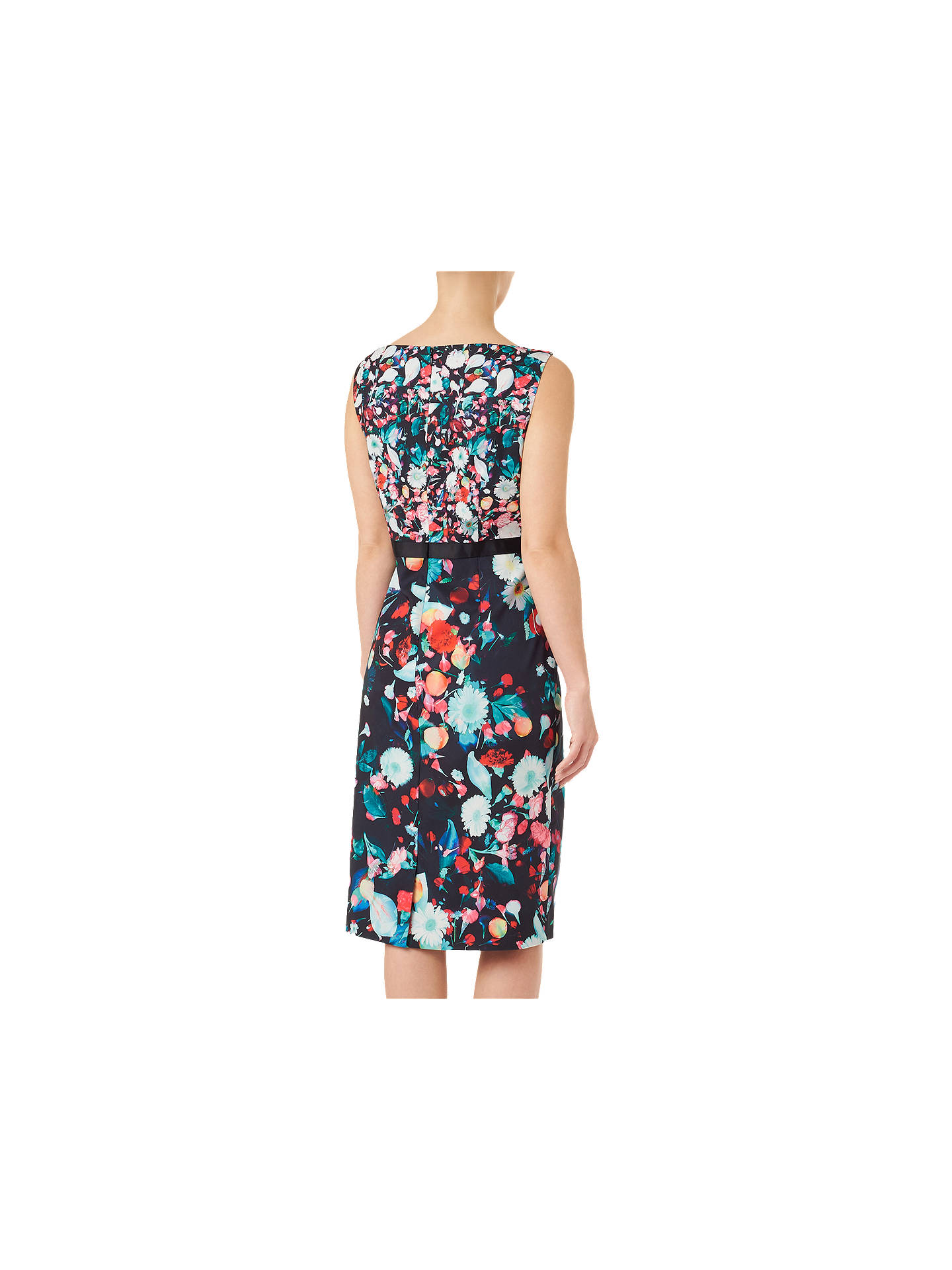 girl-models-cotton-sateen-black-dress-gets