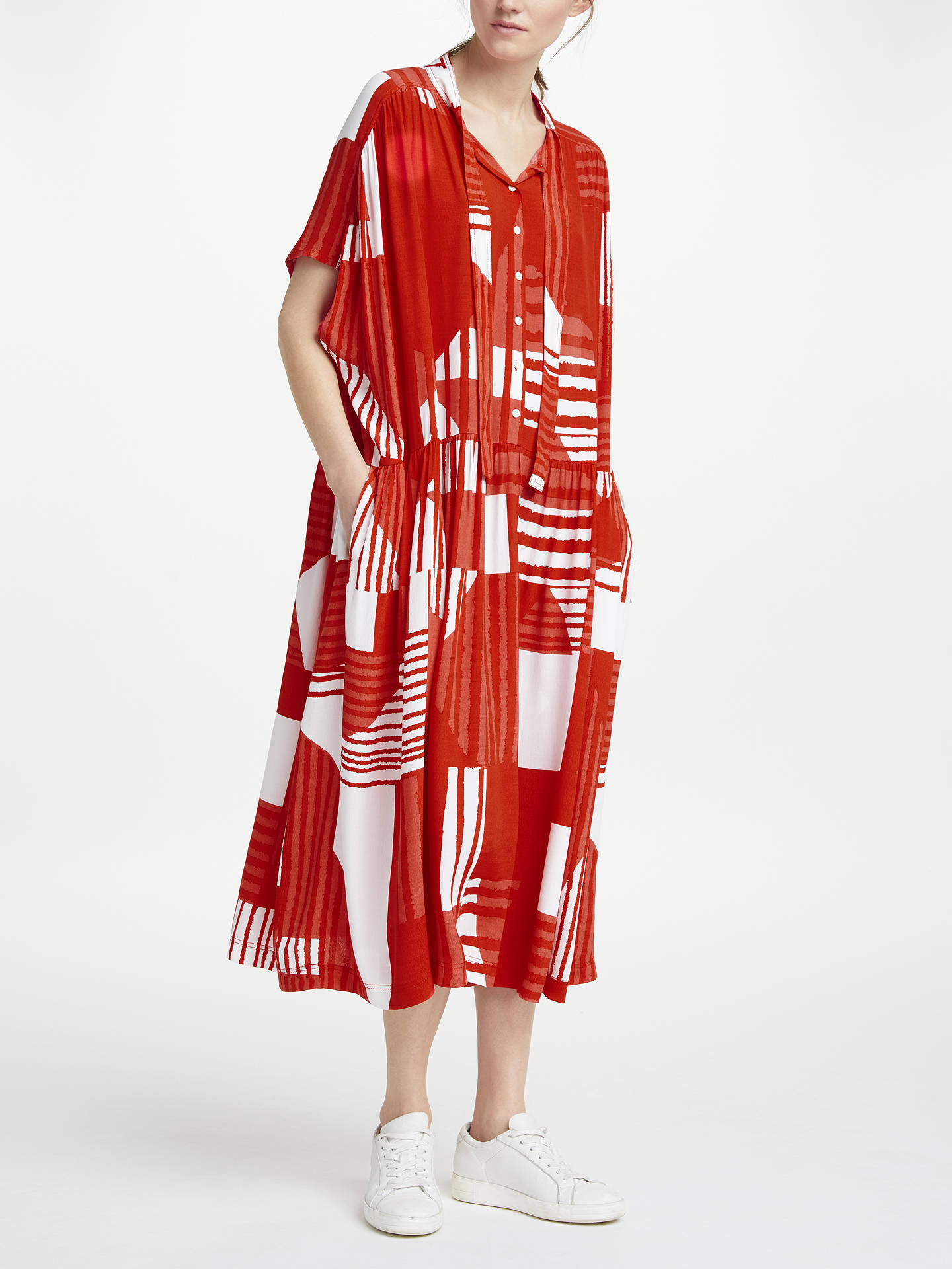 Red Dresses Online