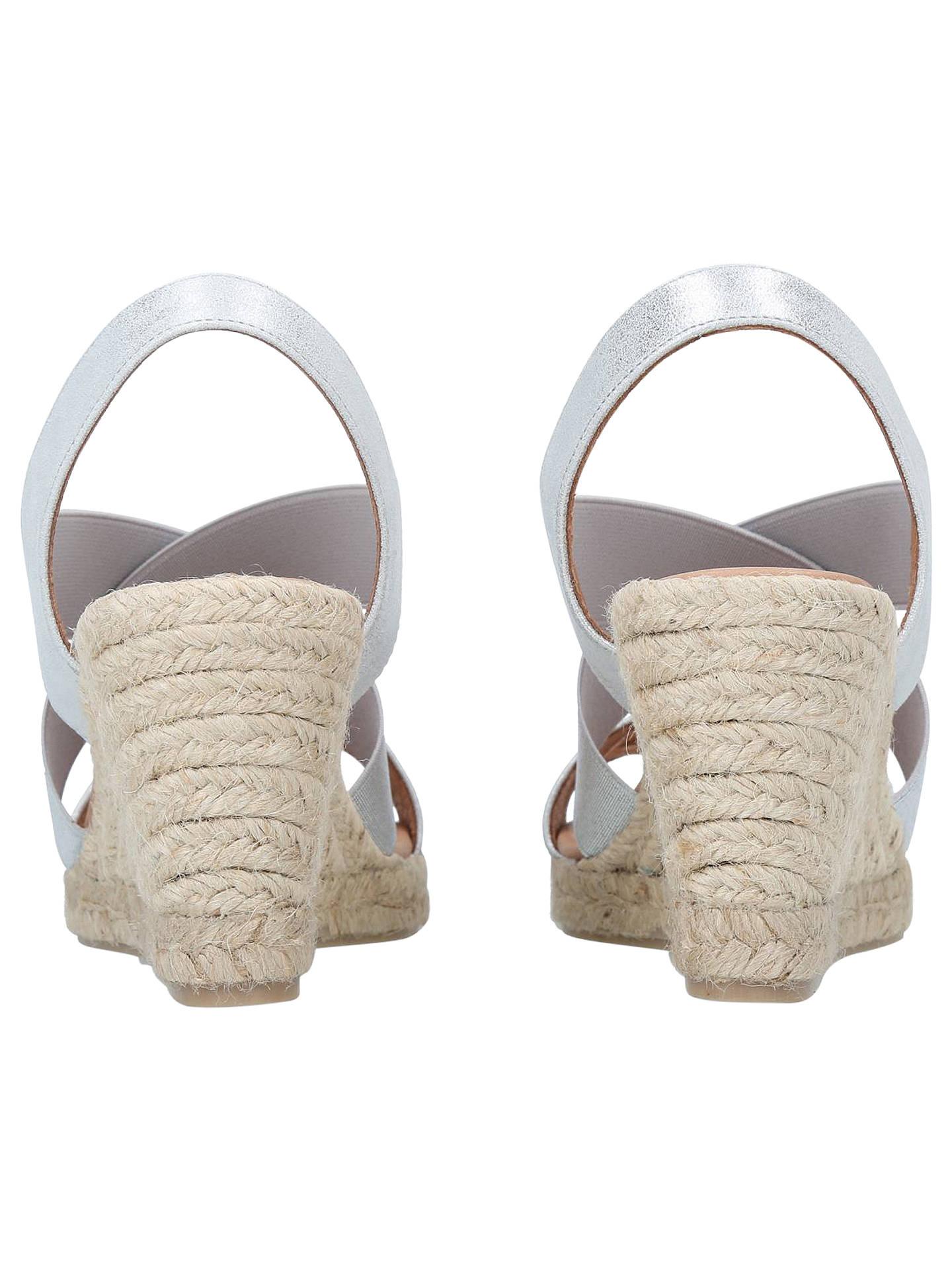Stylish womens snow boots