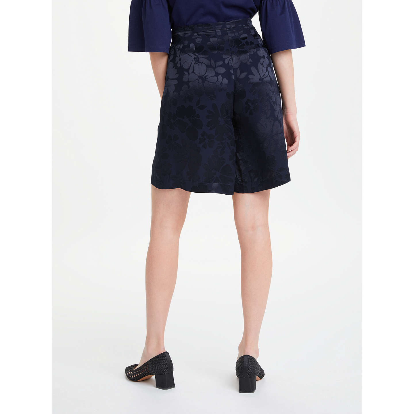 Stean Midnight Floral Jacquard City Shorts Finery V5yhpxz