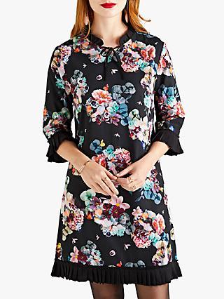 2d8b55b3a50240 Yumi Floral Tunic Dress