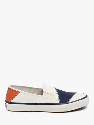Sperry Captain's Slip On BIONIC Trainers