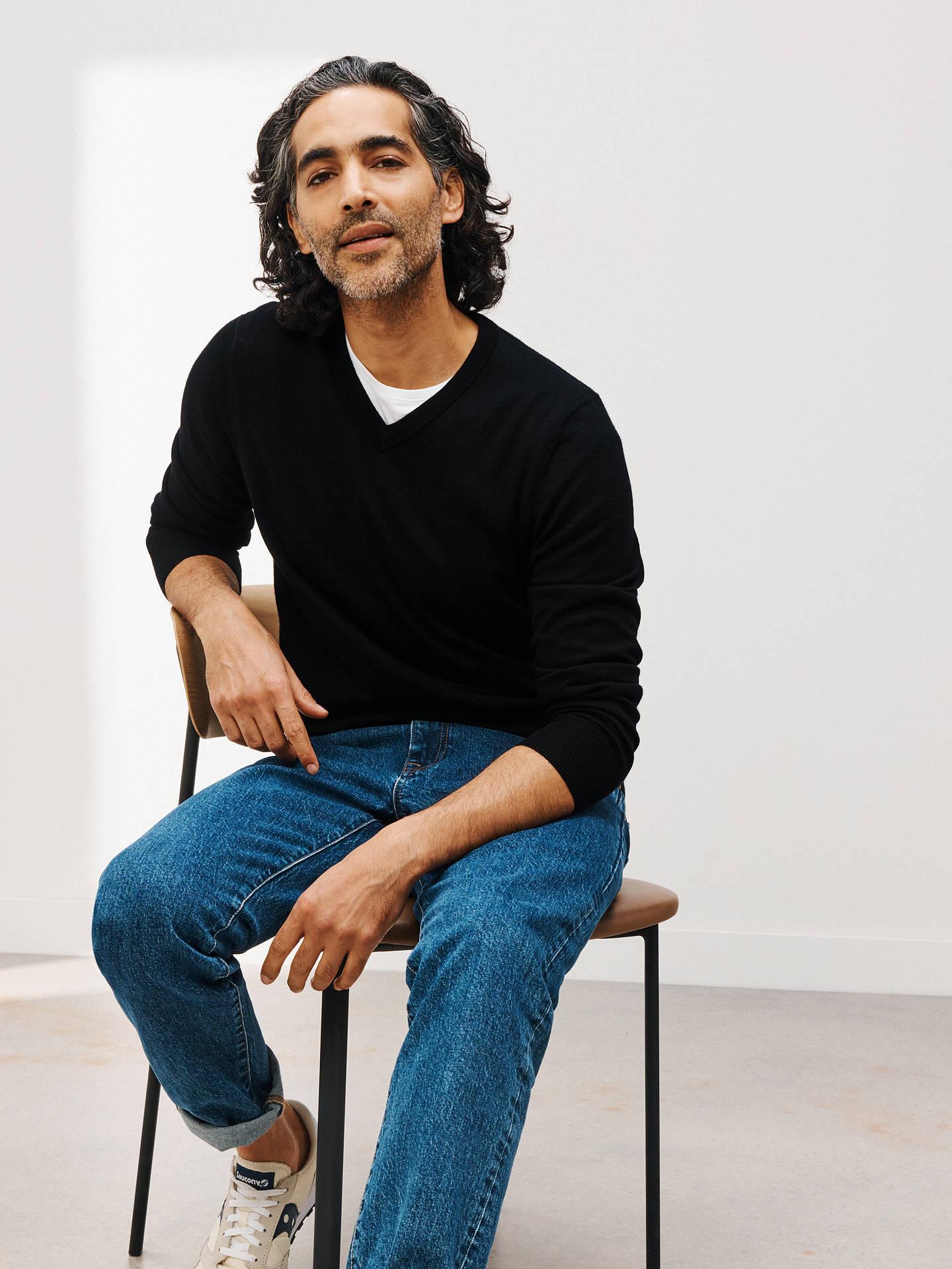 6716bcc8ec4 John Lewis & Partners Extra Fine Merino Wool V-Neck Jumper, Black