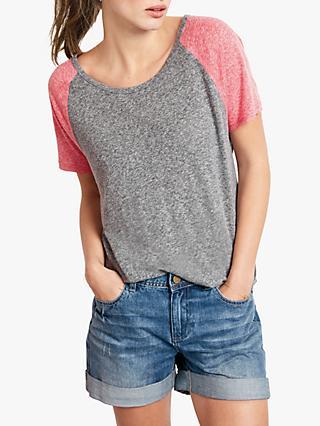 8253ef575d hush Contrat Raglan Sleeve T-Shirt