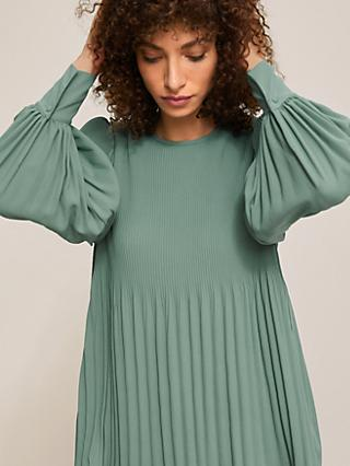 Modern Rarity Plisse Top, Pale Green