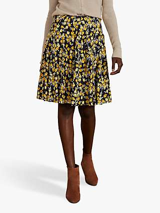Boden Victoria Pleated Floral Skirt, Black/Multi