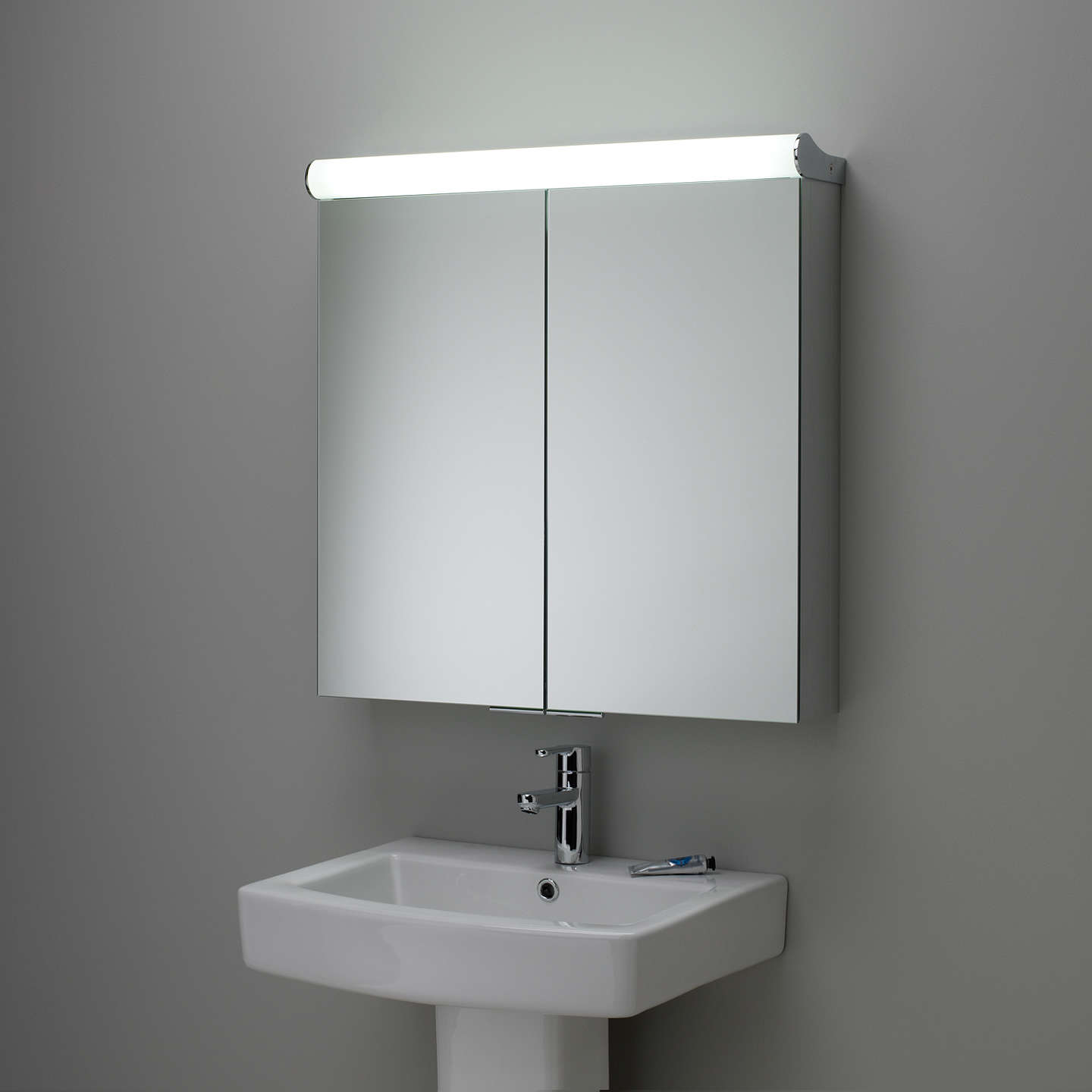 double sided bathroom mirror roper latitude illuminated bathroom cabinet 18183