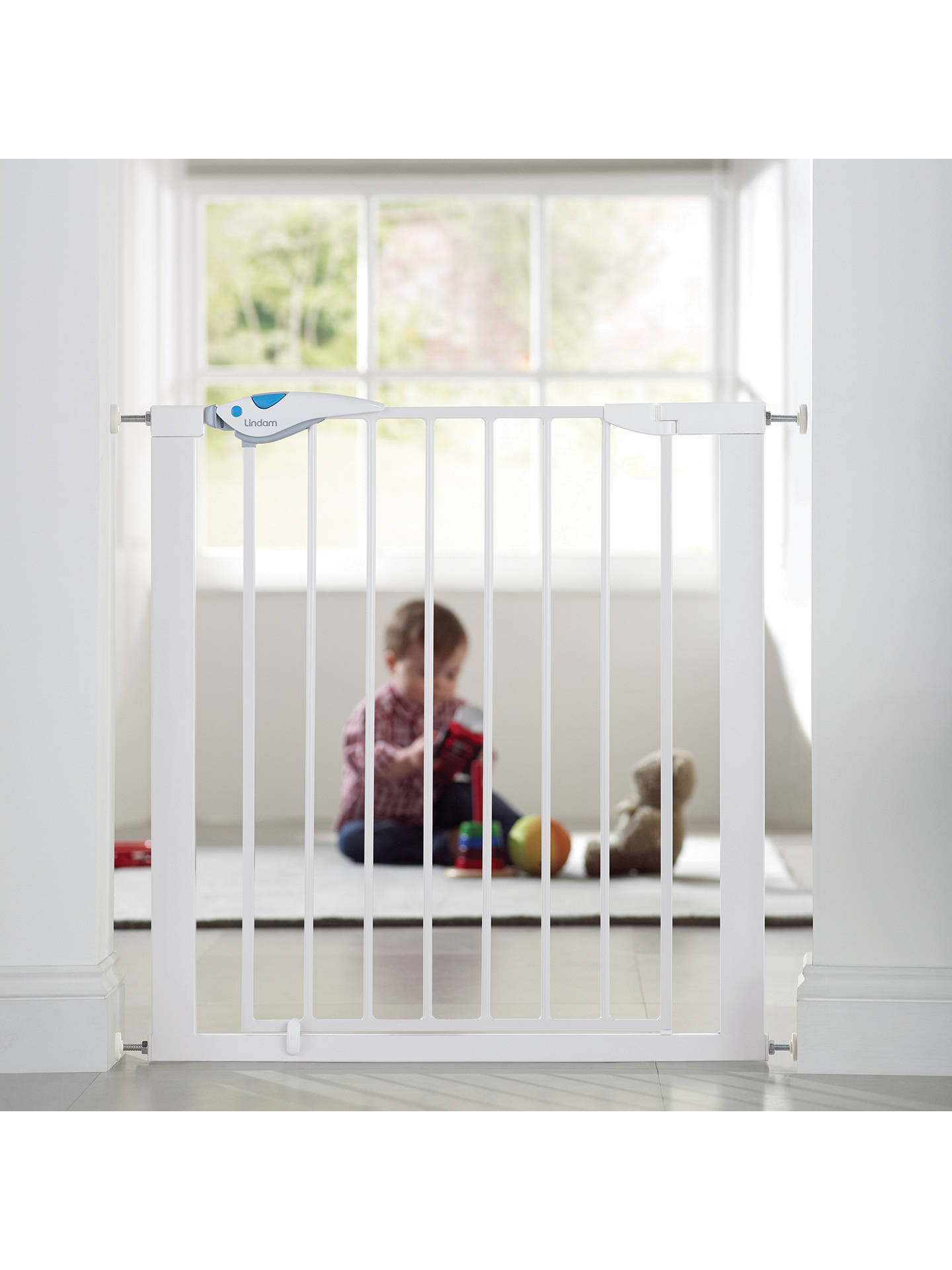lindam easy fit plus deluxe safety gate white at john. Black Bedroom Furniture Sets. Home Design Ideas