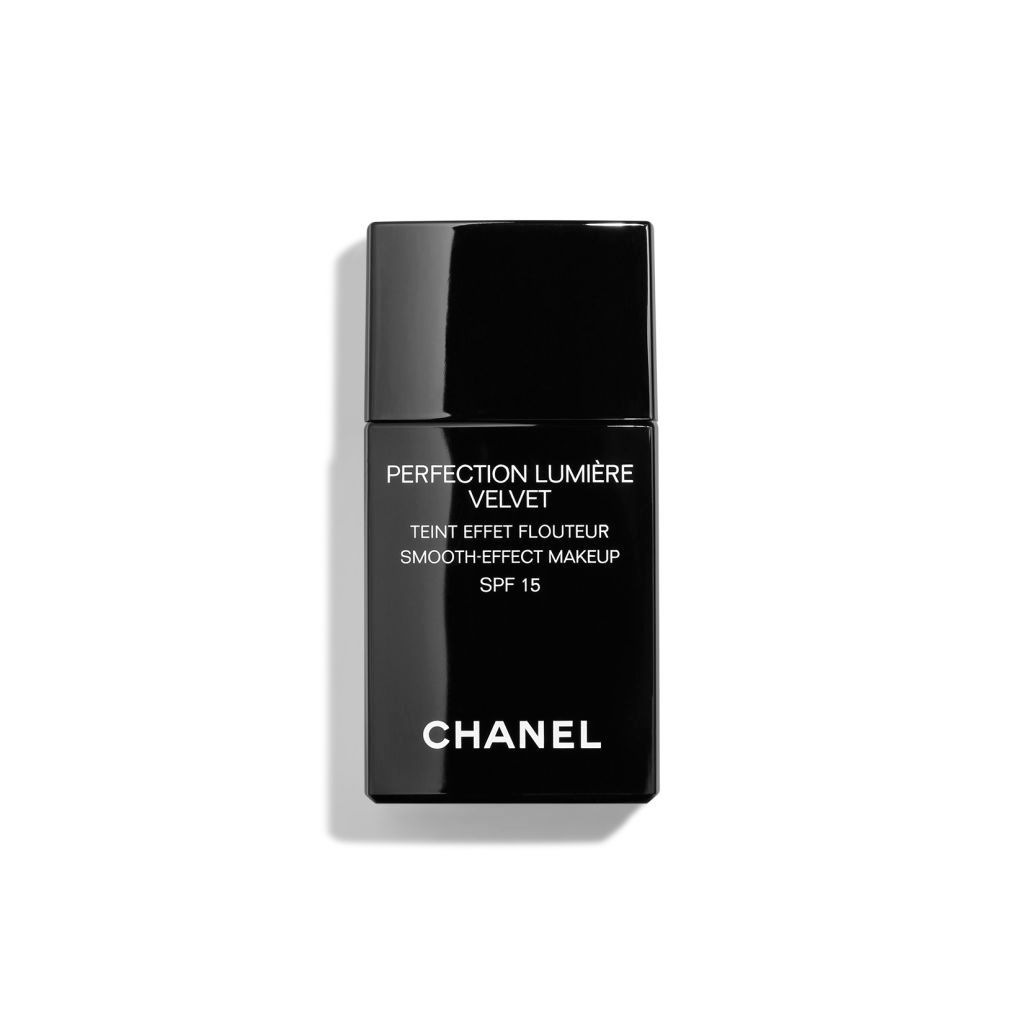 ff387f1a081 CHANEL PERFECTION LUMIÈRE Velvet Smooth-Effect Makeup SPF 15 at John Lewis    Partners