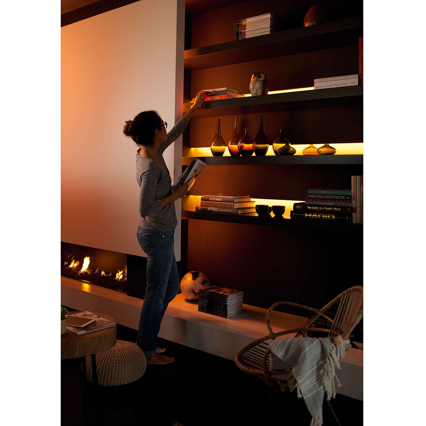 Philips hue personal wireless lighting lightstrip plus for Lighting plus online