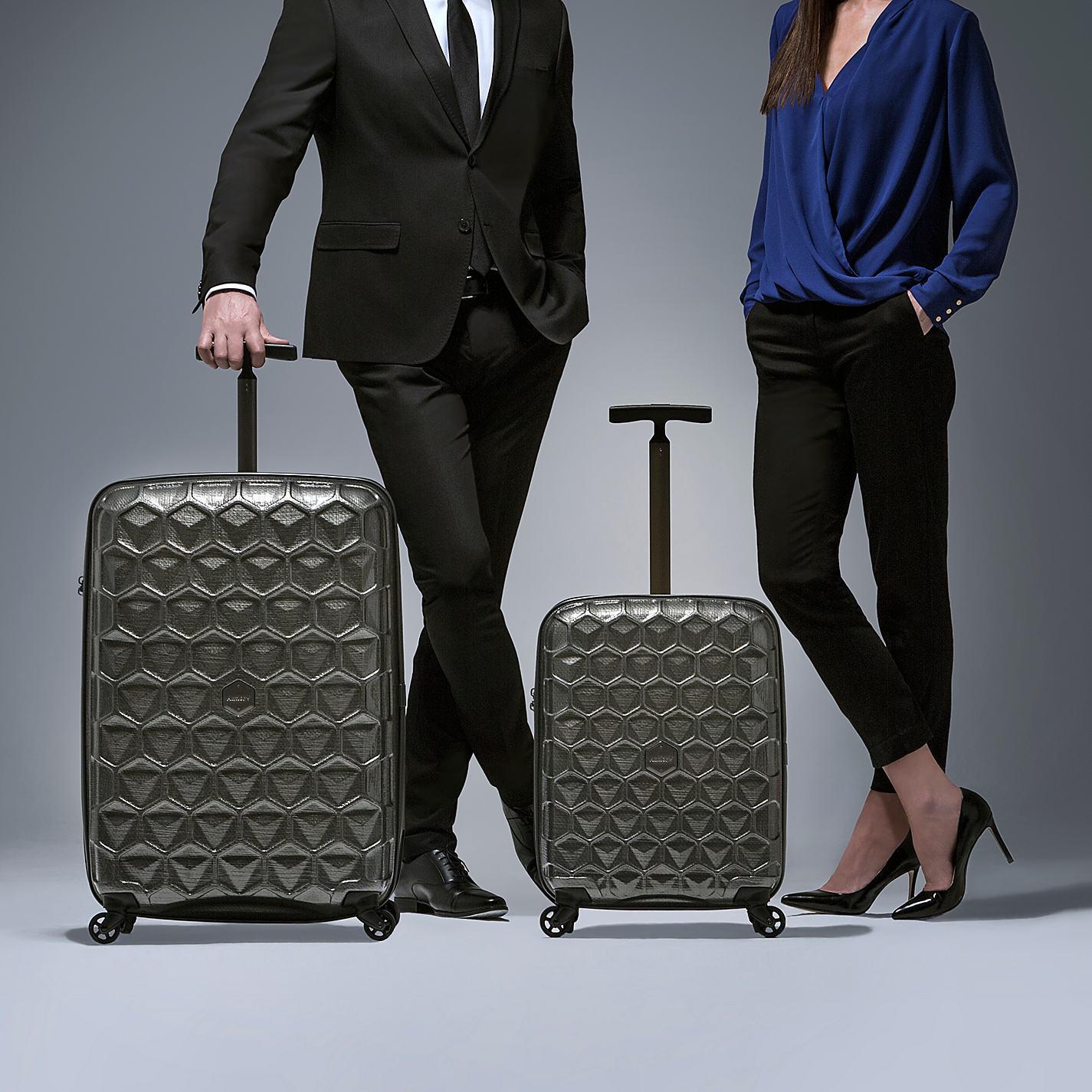 「suitcase fashion」の画像検索結果