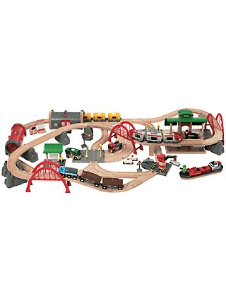 Brio World Deluxe Railway Set