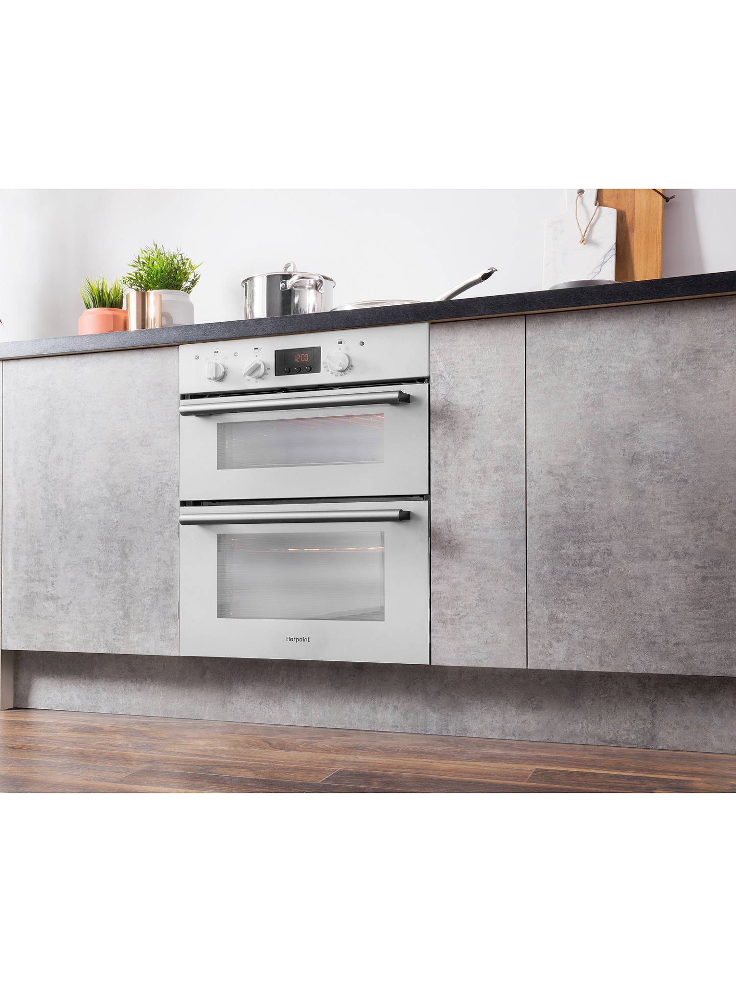 Hotpoint Du2540 Class 2 Built Under Electric Double Oven