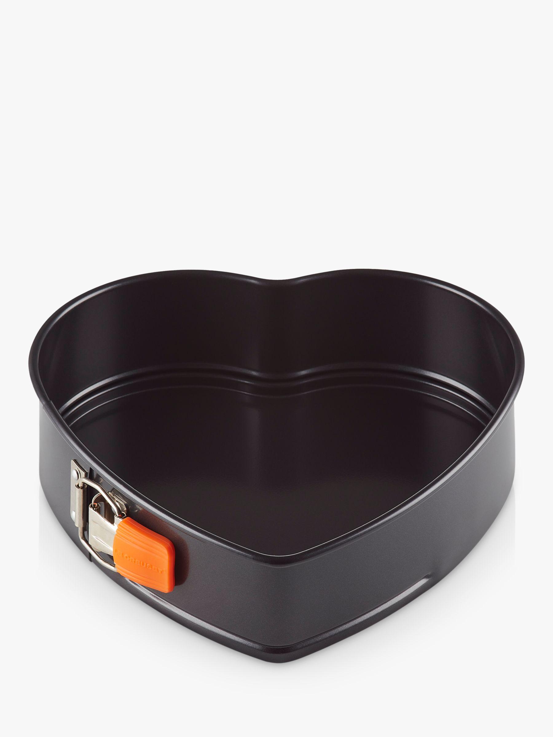 Le Creuset Non-Stick Heart Springform Cake Tin, 25cm