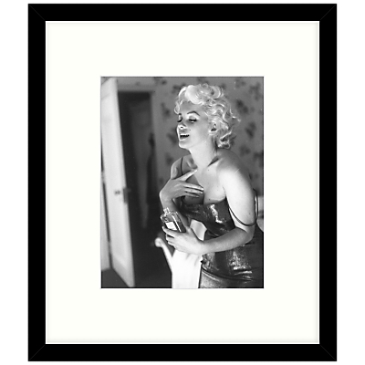 Getty Images Gallery – Marilyn Getting Ready 1955 Framed Print, 57 x 49cm