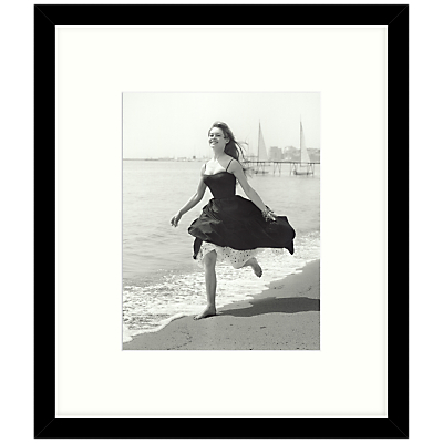 Getty Images Gallery – Running Free 1956 Framed Print, 49 x 57cm