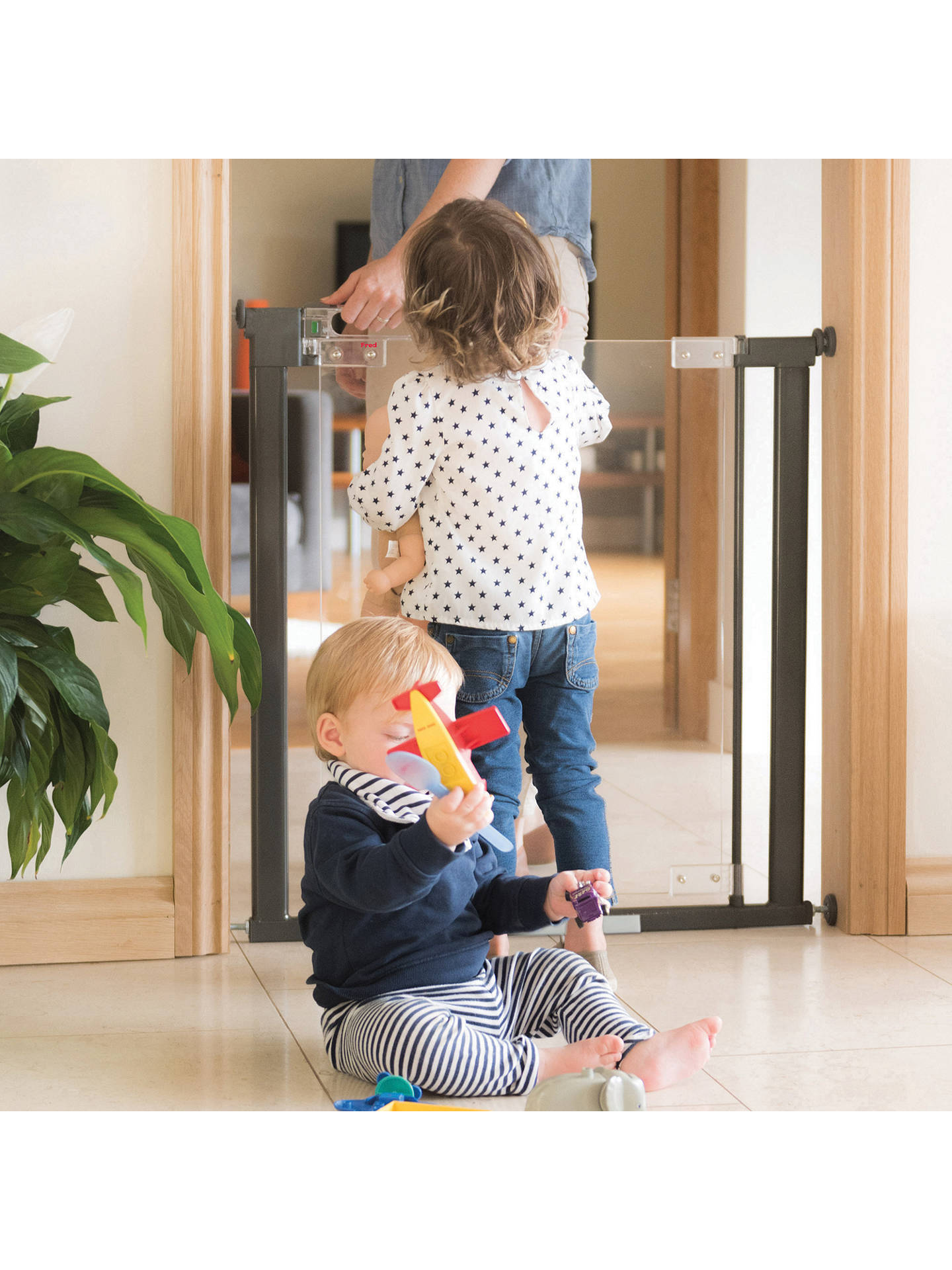 Fred Clear View Acrylic Pressure Fit Baby Toddler Safety Gate to fit 76-124cm