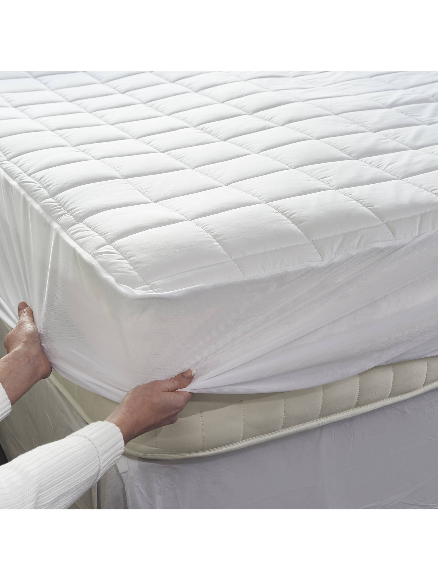 Dreamland Dual Control Cotton Heated Mattress Protector at