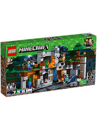 LEGO Minecraft 21147 Bedrock Adventures